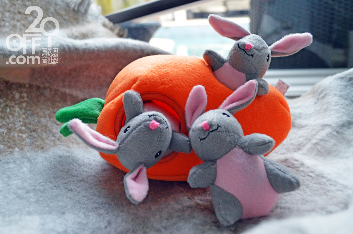 Chewy ZippyPaws burrows carrot with 3 rabbits