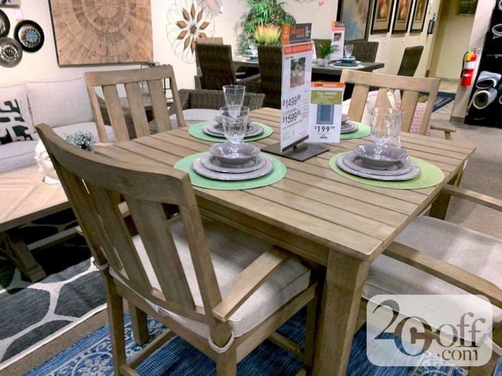 Ashley Furniture Classic Style Dining Set
