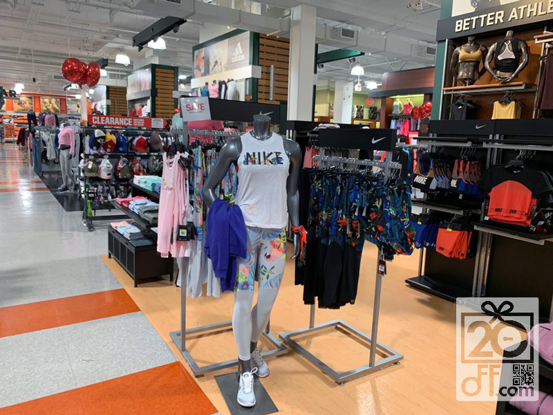 Dick's Sporting Goods Nike Deals