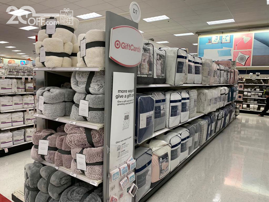 Target bedding and decor